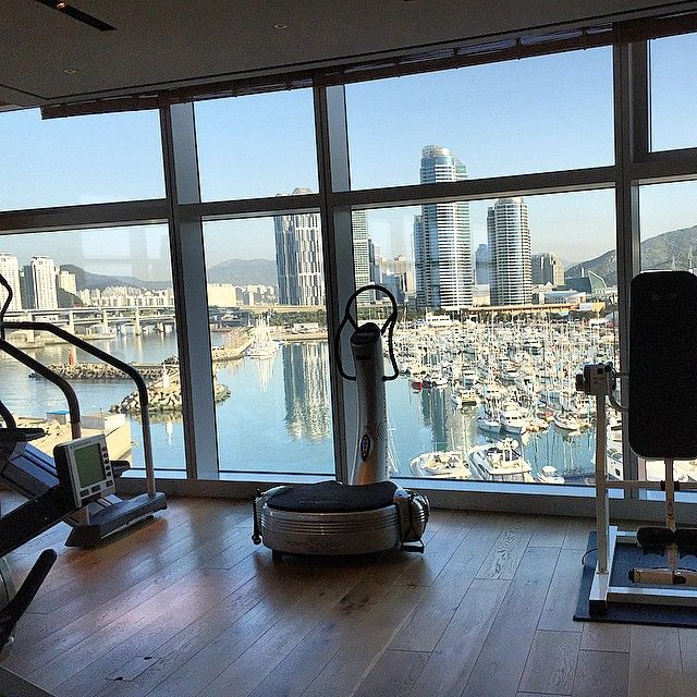 A morning workout made easy and enjoyed by Hyejin J.at Park Hyatt Busan.