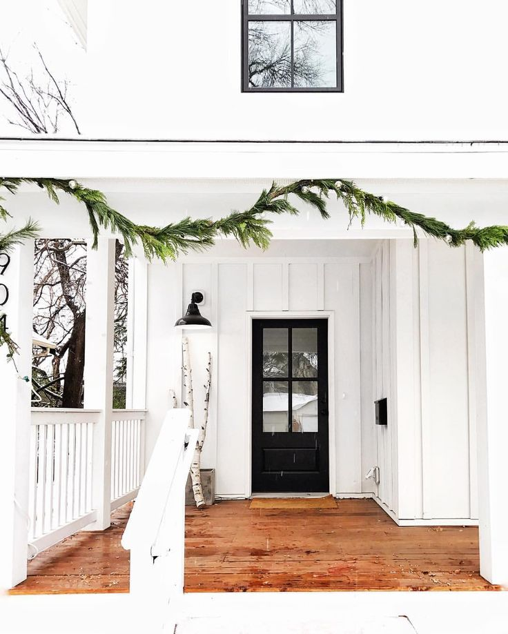 Front Porch Swings Farmhouse Exterior: Best 25+ White Farmhouse Exterior Ideas On Pinterest