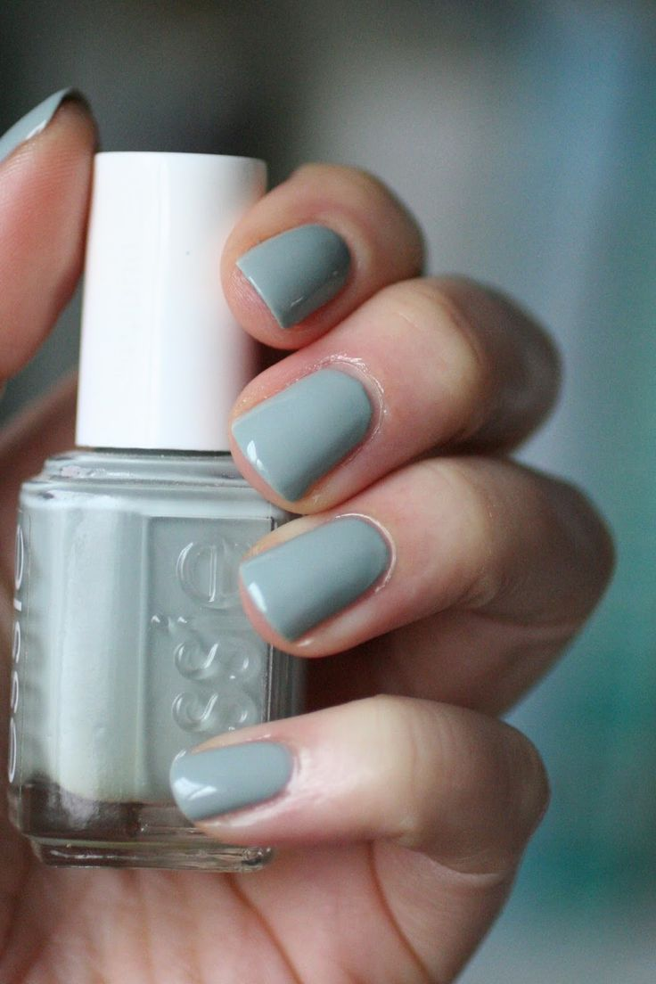 November Nail Polish Favorites | Essie Envy