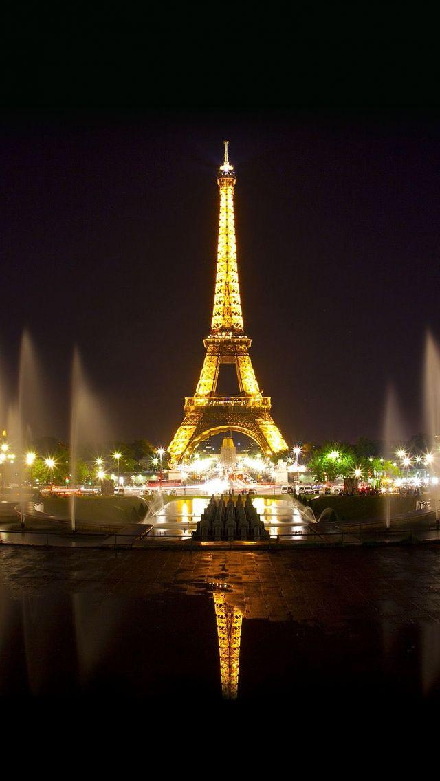 Download Free Hd Wallpaper From Above Link Eiffeltower Litup Night Display Landmark Eiffel Tower At Night Eiffel Tower City Wallpaper