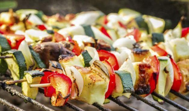 Aprenda a fazer legumes grelhados na churrasqueira