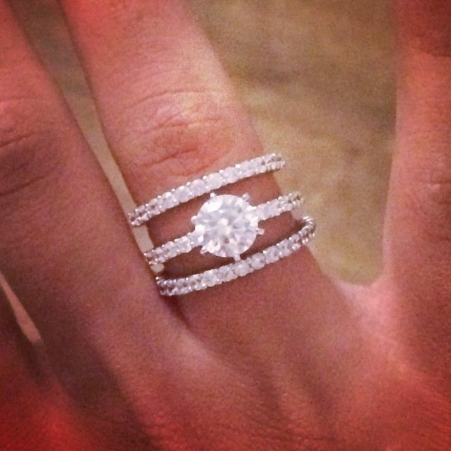 double brides suchastyle beautify round the rings cut determining wedding halo diamond finger uncategorized to