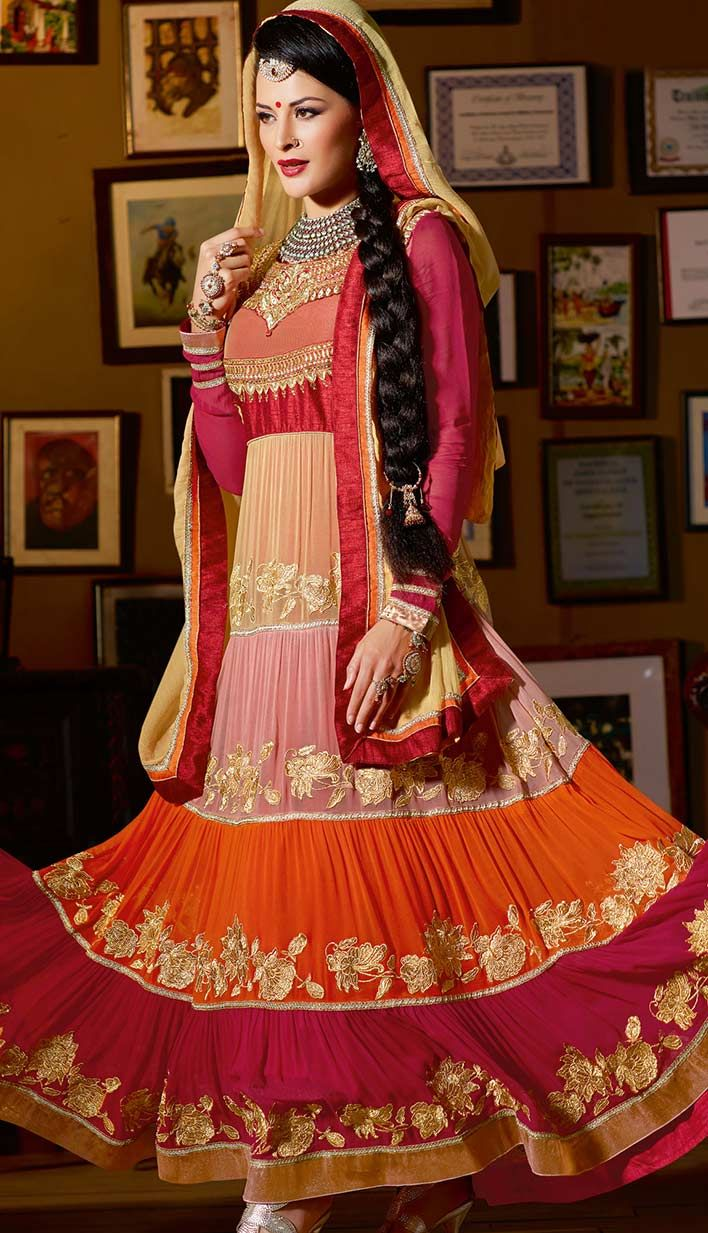 Get Online Black Georgette #AnarkaliDress | Efello USA Price: INR 8687 (Unstitch Suit), Color: Peach You can customize your dress also. Check out here: http://bit.ly/1xfaN72
