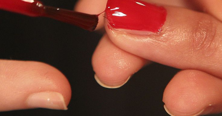 The Best Red Nail Polishes Of All Time, According To Hollywood Pros