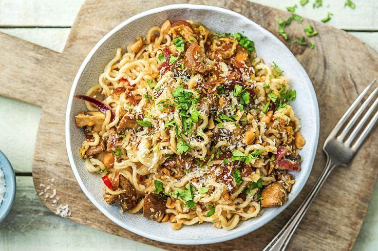 Nouilles à l'orientale au chou chinois et à la noix de coco