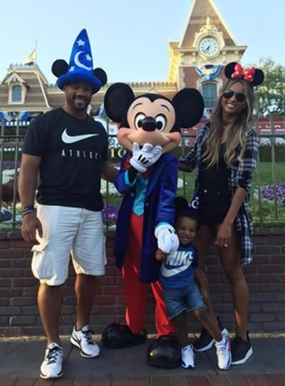 Russell Wilson Ciara and her son go to Disneyland