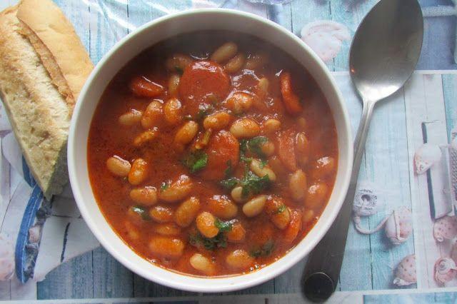 Greckie smaki: Fasolada, czyli klasyczna zupa z fasoli
