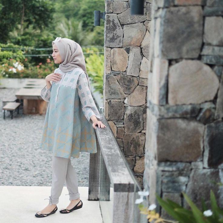 a registered muslim fashion brand E: buy@riamiranda.com LINE: riamiranda.cs/riamiranda.cs2 WA: 0812-1959-3800/0882-131-29085 Phone: 02173883861