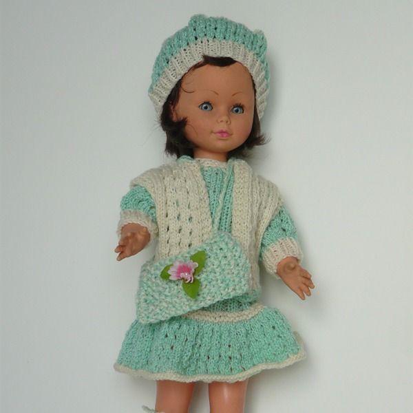 Vêtements poupée 45 cm (robe volantée, gilet, béret, bottines et sac) en laine fine vert d'eau et écru : Jeux, jouets par lezebrealunettes