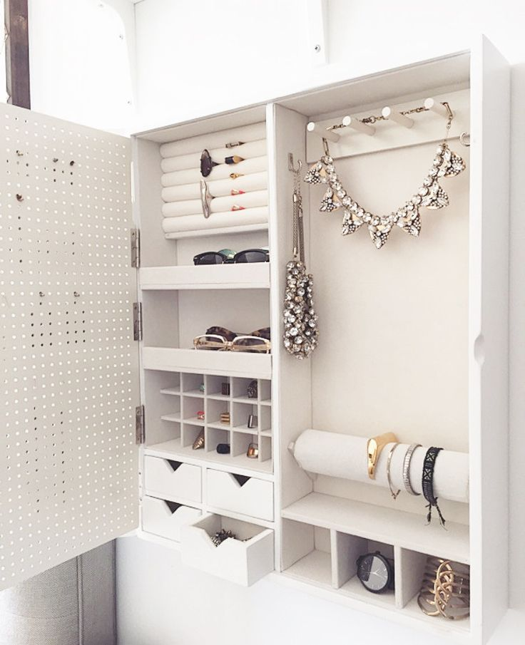 If youre like me, a fashion obsessed individual that is in love with organization and home decor, this is the perfect new addition to your lovely home! The idea to design a jewelry organizer came to me when I couldnt find anything that would display everything I owned in a beautiful, efficient way. I spent an entire year trying to master my design to make one of the best all around jewelry cases ever, and it was a super long journey that finally came into fruition. This jewelry organizer…