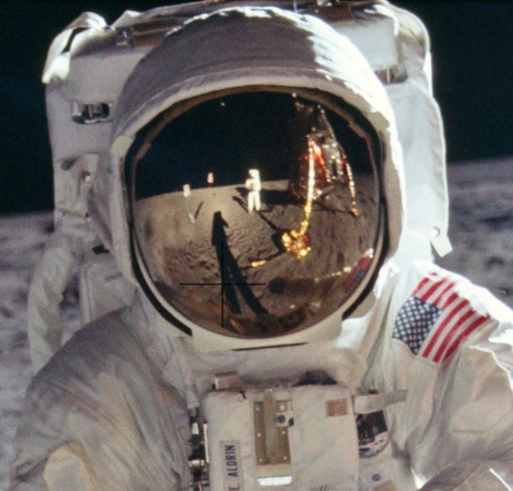8,400 Stunning High-Res Photos From the Apollo Moon Missions Are Now Online |via`tko Open Culture