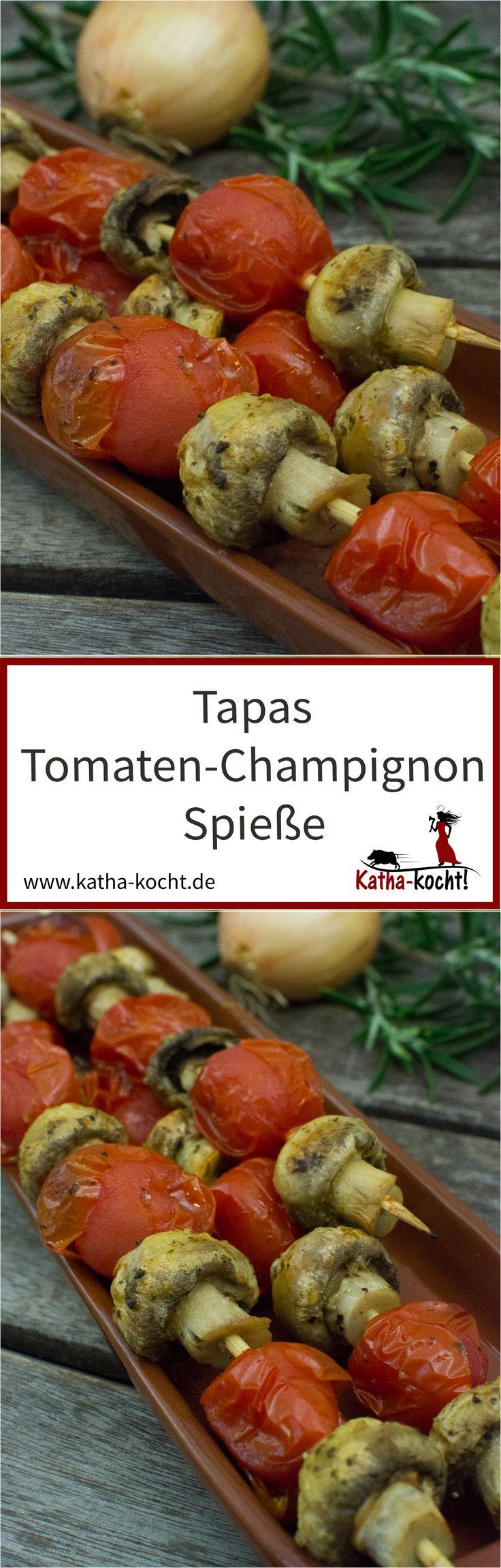 Egal ob als Tapas oder zum Grill - diese vegetarischen Tomaten-Champignon Spieße sind super lecker und absolut unkompliziert vorzubereiten. Das Rezept gibt es auf katha-kocht!