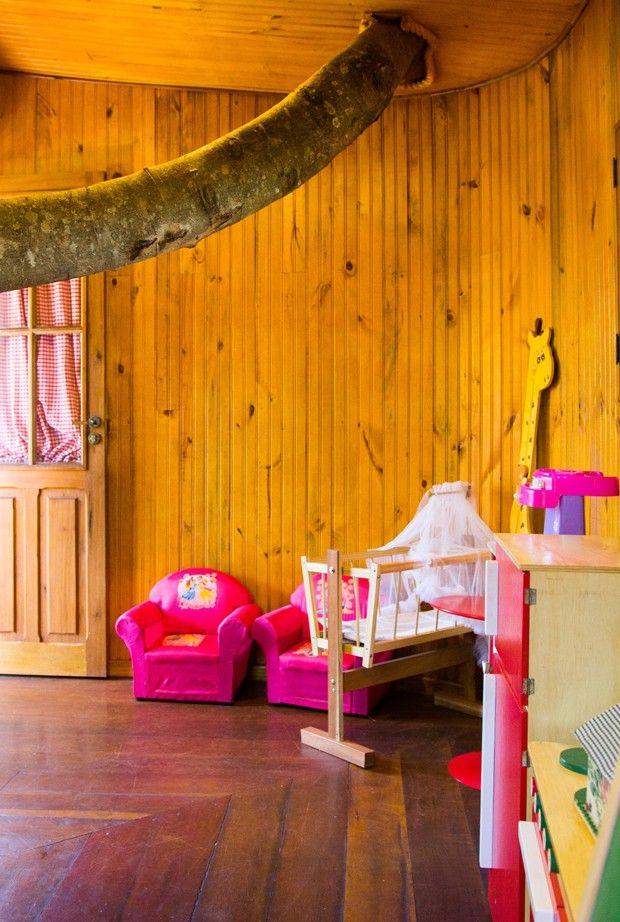 Casa na árvore de 25 m² com direito a varanda e tudo!
