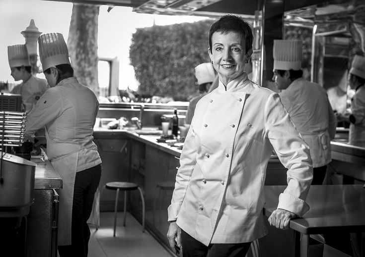 """Carme Ruscadella: """"La felicidad es un espacio muy limitado que la mesa puede ofrecer"""""""