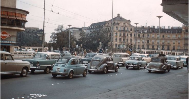 Here is a fantastic found photo collection from  Martin Snelling  that shows everyday life of Germany from the late 1950s and 1960s.        ...