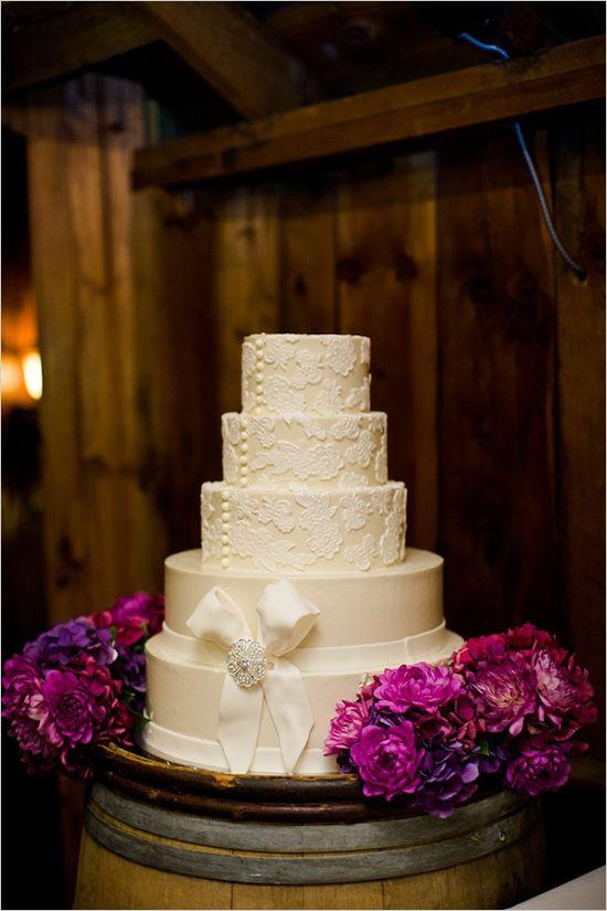 white lace cake