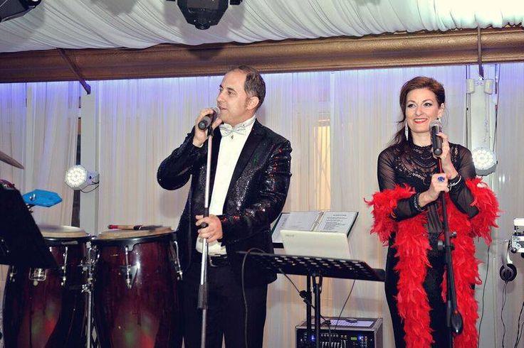 Formatii nunta Bucuresti,ANA FLAVIAN, va solicita sa vizionati site-ul nostru  pentru a va edifica.    www.formatia-anaflavian.ro