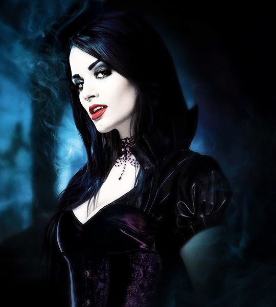 Paige – The Diva of the Damned