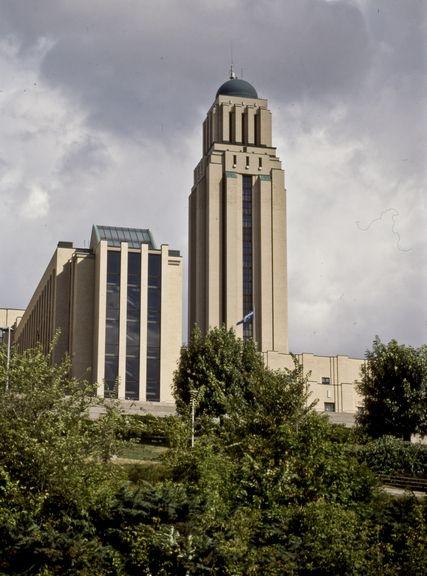 Canadian Art deco: Tour de l'Université de Montréal par Ernest CORMIER .