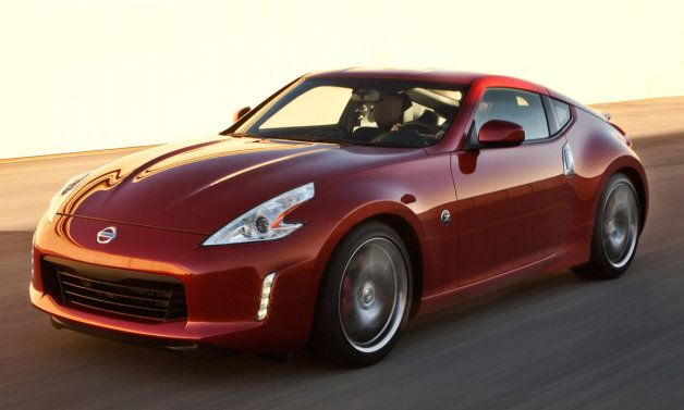 Man sells testicle to buy Nissan 370Z