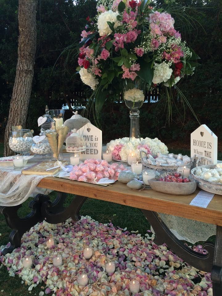 Ανθοστολισμός γάμου - βάφτισης στην Λίμνη Βουλιαγμένης #lesfleuristes #λουλούδια #ανθοσύνθεση #ανθοπωλείο #γλυφάδα #γάμος #βάφτιση #νύφη #δεξίωση