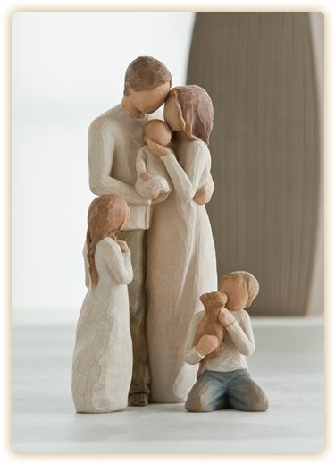 Willow Tree Family Groupings..family of five featured makes a great gift.....I NEED this!!!