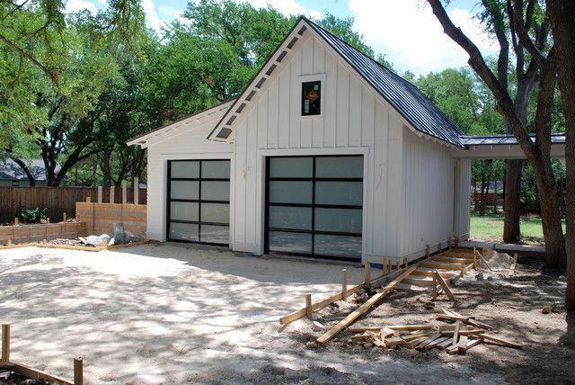 Outside Garage Decorations Deco Garage Auto Garage Design 20190804 Farmhouse Garage Garage Door Design Garage Exterior