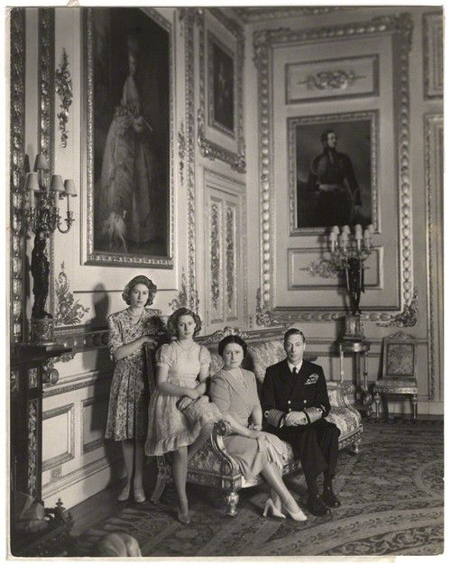 I love the Monarchy:  The British Royal Family during WWII-Princesses Elizabeth and Margaret, Queen Elizabeth, King George VI