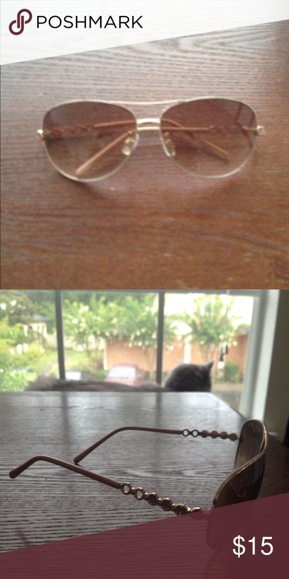 Rose gold aviator style sunglasses Amazing condition Accessories Glasses