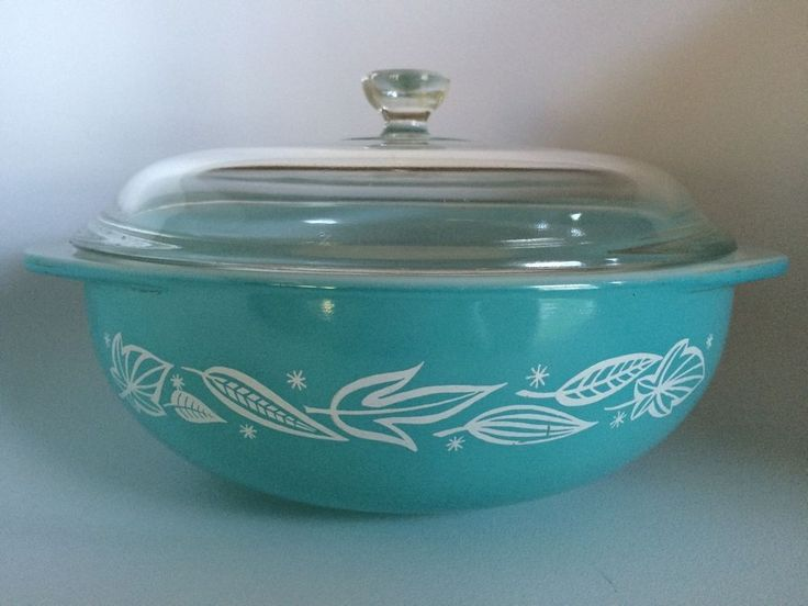 Pyrex Turquoise Blowing Leaves Rare