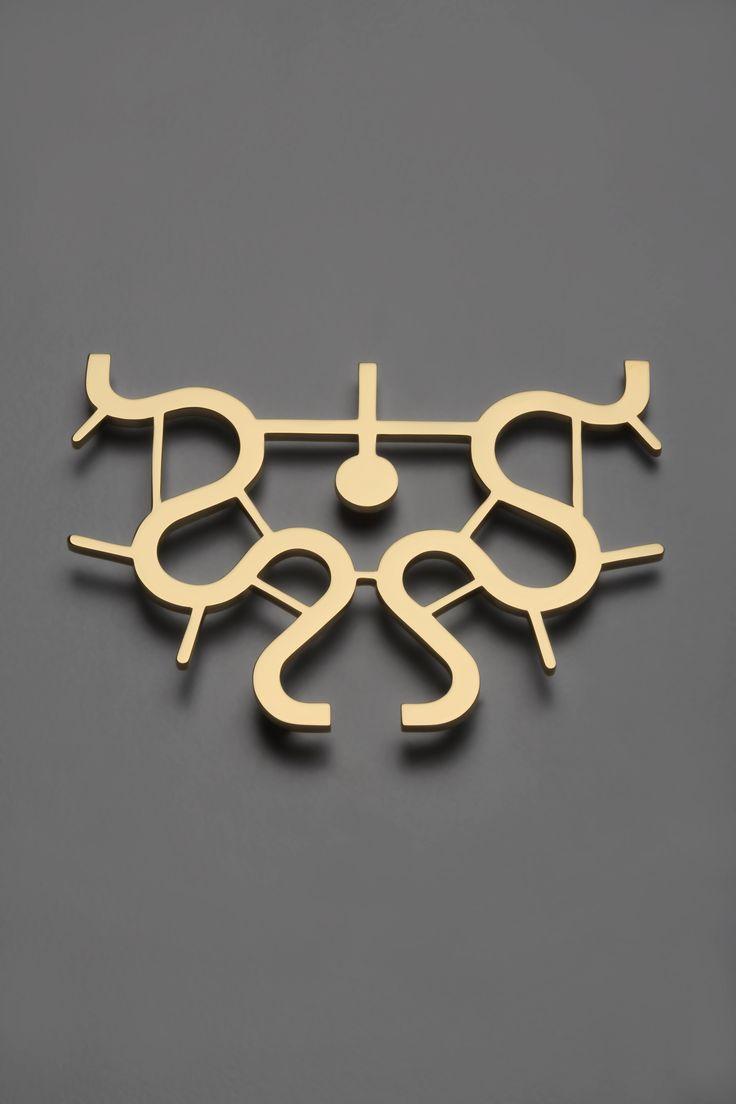 Mendini, pendente 12, oro 24 carati, 2014, cm h. 7,5 | Artribune