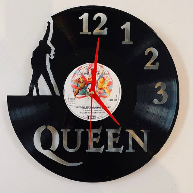 Excited To Share The Latest Addition To My Etsy Shop Queen Vinyl Record Art Clock Https Etsy Me 2cgg6r0 In 2020 Vinyl Record Art Vinyl Records Decor Vinyl Records