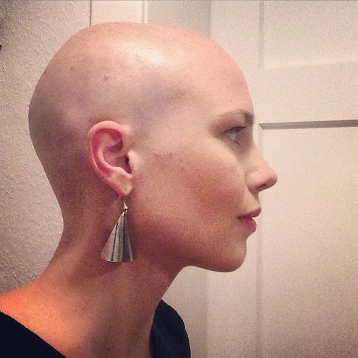 Sex Bald amatuer headed woman