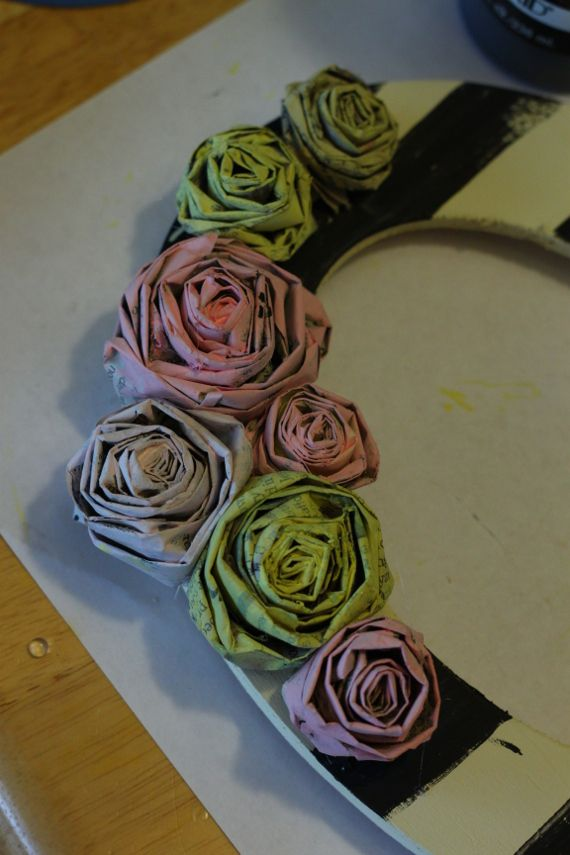 Newspaper Roses - Think Crafts by CreateForLess