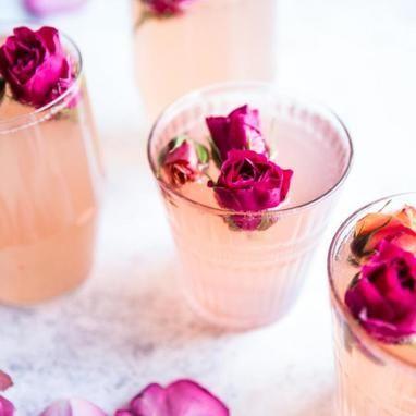 Κοκτέιλ με τριαντάφυλλο και λεμόνι - Συνταγές - Tlife.gr