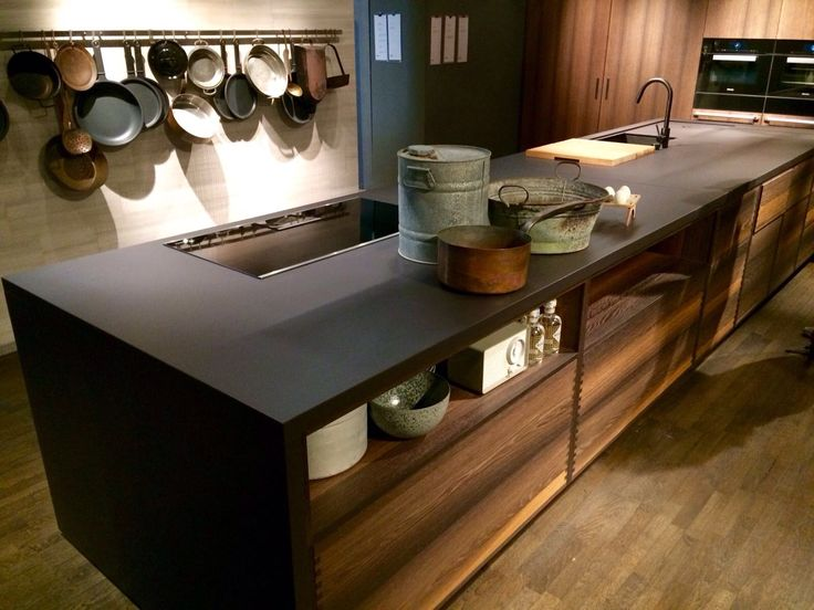 We are fascinated with this #Dekton Sirius #kitchen found at Boffi´ s showroom during Milano Design Week! It´s beautiful!