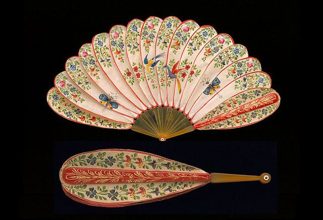 Vintage Fan: 18th Century Brise silk covered red lacquer sticks