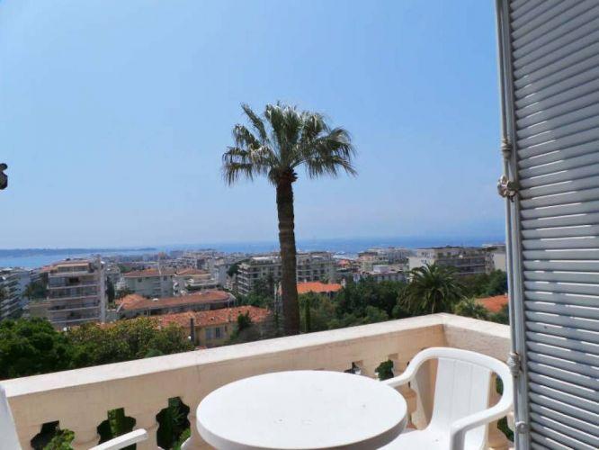 Appartement bourgeois basse californie cannes vue mer 06400 immobilier bo - Mobilier bord de mer ...