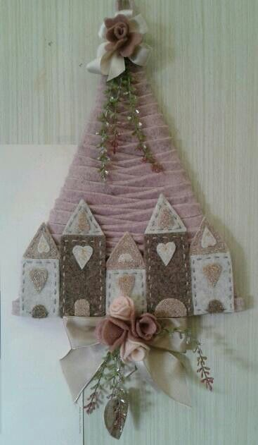 Natale. Albero e casette - di Gianna