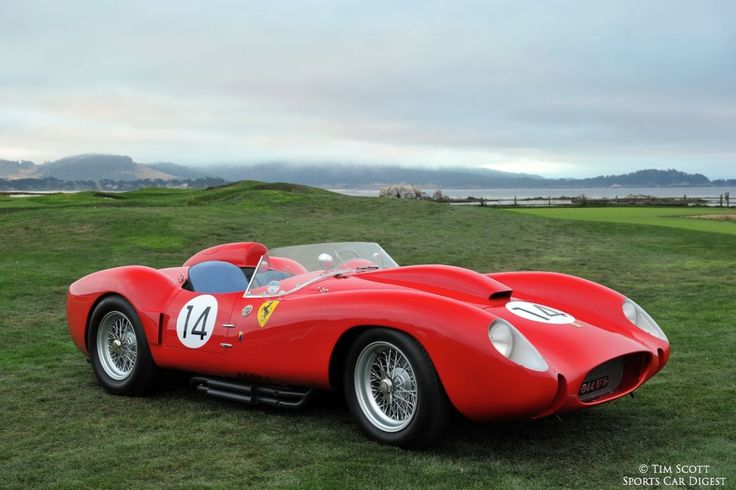 1958 Ferrari 250 Testa Rossa Scaglietti Spider 0728TR, winner of the 24 Hours of Le Mans in 1958 at the hands of Phil Hill and Olivier Gende...