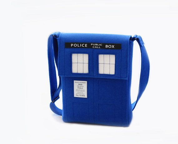 Hey, I found this really awesome Etsy listing at https://www.etsy.com/listing/101670416/doctor-who-messenger-bag-tardis-blue