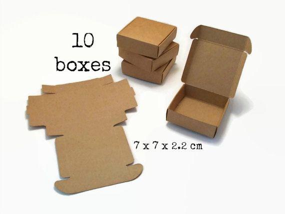 10 Kleine KRAFT BOX 7x7x2.2 cm (mini kraft box papier bruin karton doosje doos gift box verpakking sieraden oorbellen ring duurzaam cadeau)
