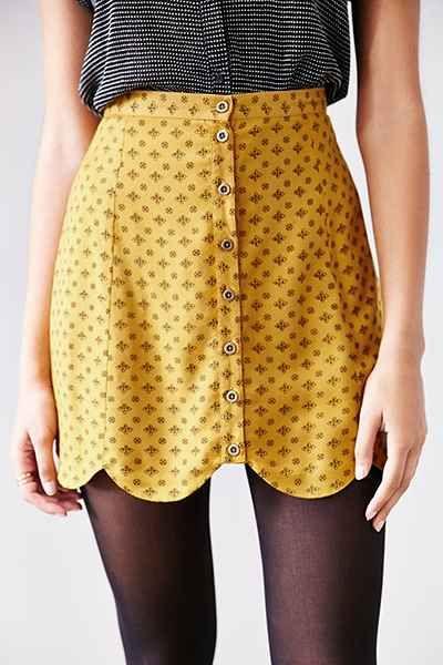 Scallop hem print skirt