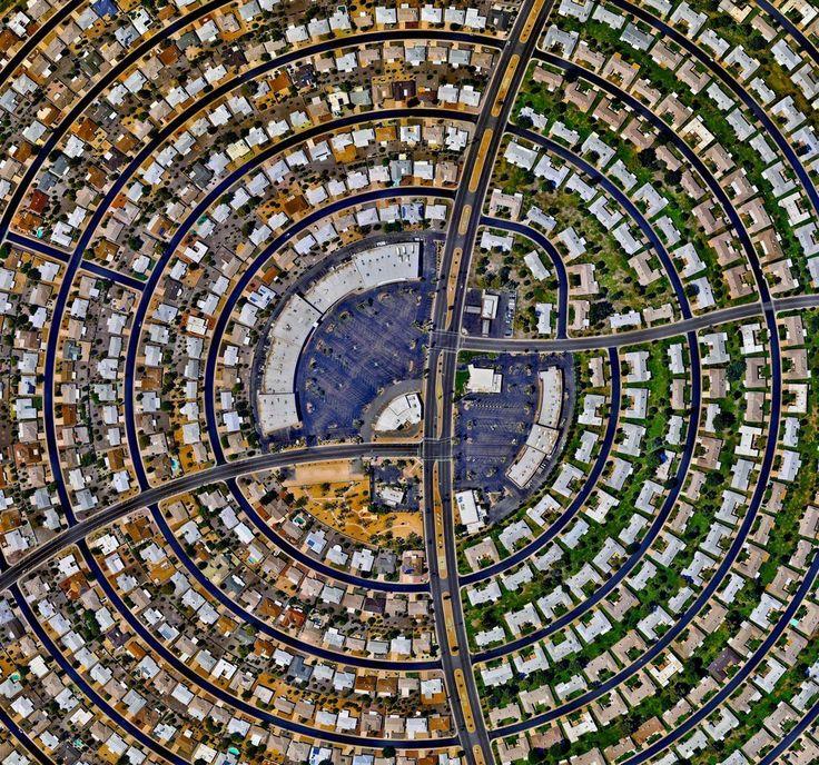 http://endlesslyinsane.tumblr.com/post/153689237768/jeroenapers-sun-city-arizona-eeuu