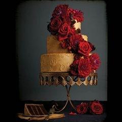 Spanish style wedding-cake
