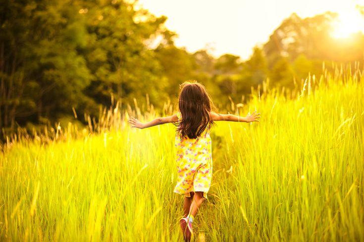 Jak fotit své děti? Nakoukněte pod pokličku profesionálů. Dozvíte se, jak nastavit fotoaparát, na co se soustředit při focení a další užitečné tipy!