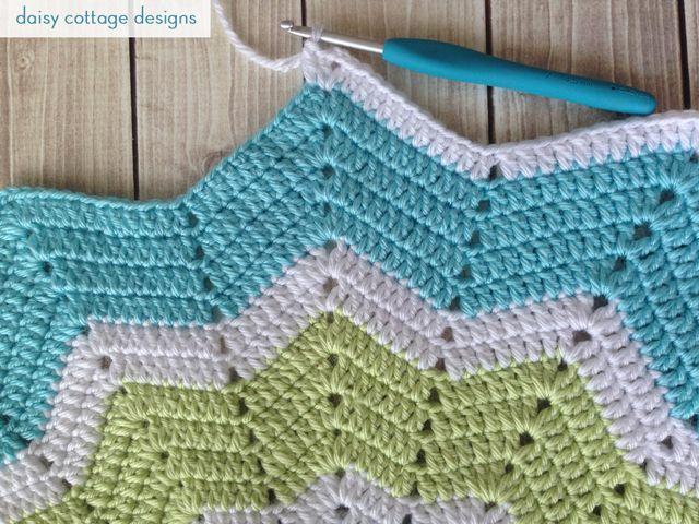 Crochet Star Baby Blanket {Work in Progress} - Daisy Cottage Designs