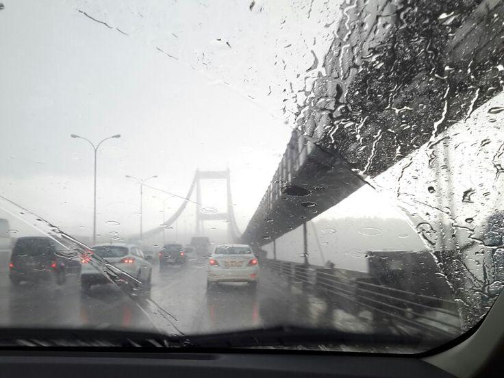 Yağmurlu bir günde İstanbul...  Rain & Istanbul