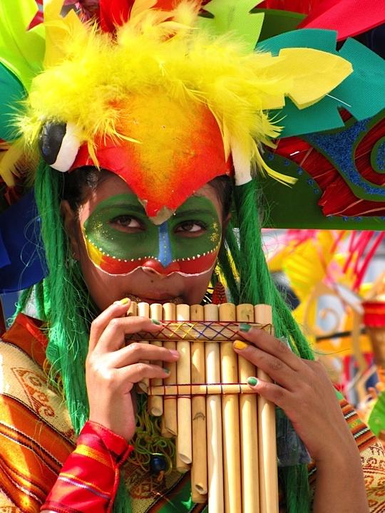 Porque estamos de #CarnavaldeBarranquilla 2014 viaja con nosotros a la Puerta de…