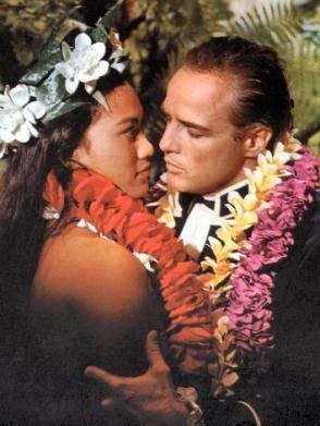 Tarita Teripia & Marlon Brando in Mutiny on the Bounty (1962)